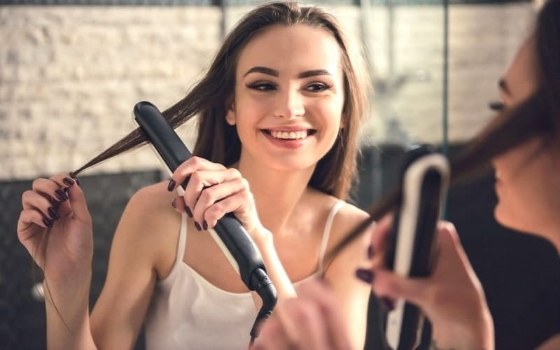 Use Flat Iron Hair Straightener
